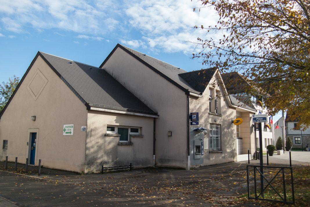 Voisins le bretonneux le projet immobilier de la poste fait débat