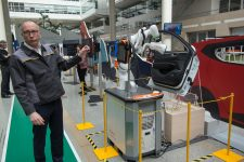 Renault présente son usine du futur au Technocentre