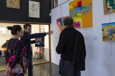 À la BU de l'UVSQ, on peut désormais emprunter des œuvres d'art