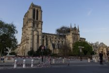 Notre-Dame de Paris: Les Yvelines veulent aussi apporter leur pierre à l'édifice