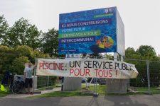 Le collectif Piscine pour tous manifeste pour un centre aquatique garant du service public
