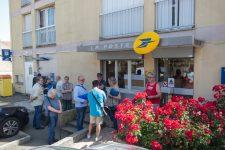 Trois pétitions contre la fermeture de la poste Sémard