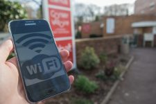 Du wifi gratuit dans les lieux publics