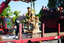 La statue du Berger flûteur est partie se refaire une beauté