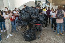 Plus de 100 kilos de déchets ramassés par les élèves autour de leur lycée
