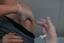 Le Vélodrome national devient centre de vaccination