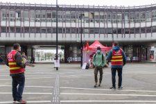 La CGT distribue des masques et alerte sur la protection sociale