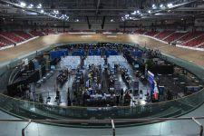 Le Vélodrome devient le «premier mégacentre de vaccination» des Yvelines